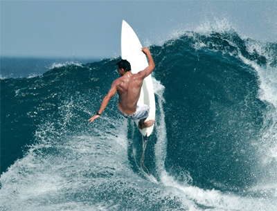 Performance surfing on the wave face